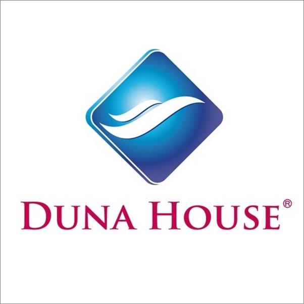 Lengyel hitelközvetítőt vásárolt a Duna House